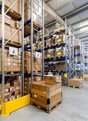 Efficiënte magazijnoperaties door de rol van aangepaste verpakking