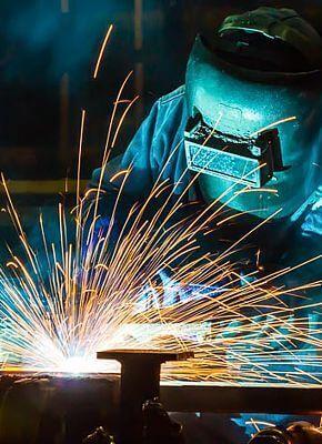 Wilt u kosten verlagen? Repareer pallets, rolcontainers en stellingen.